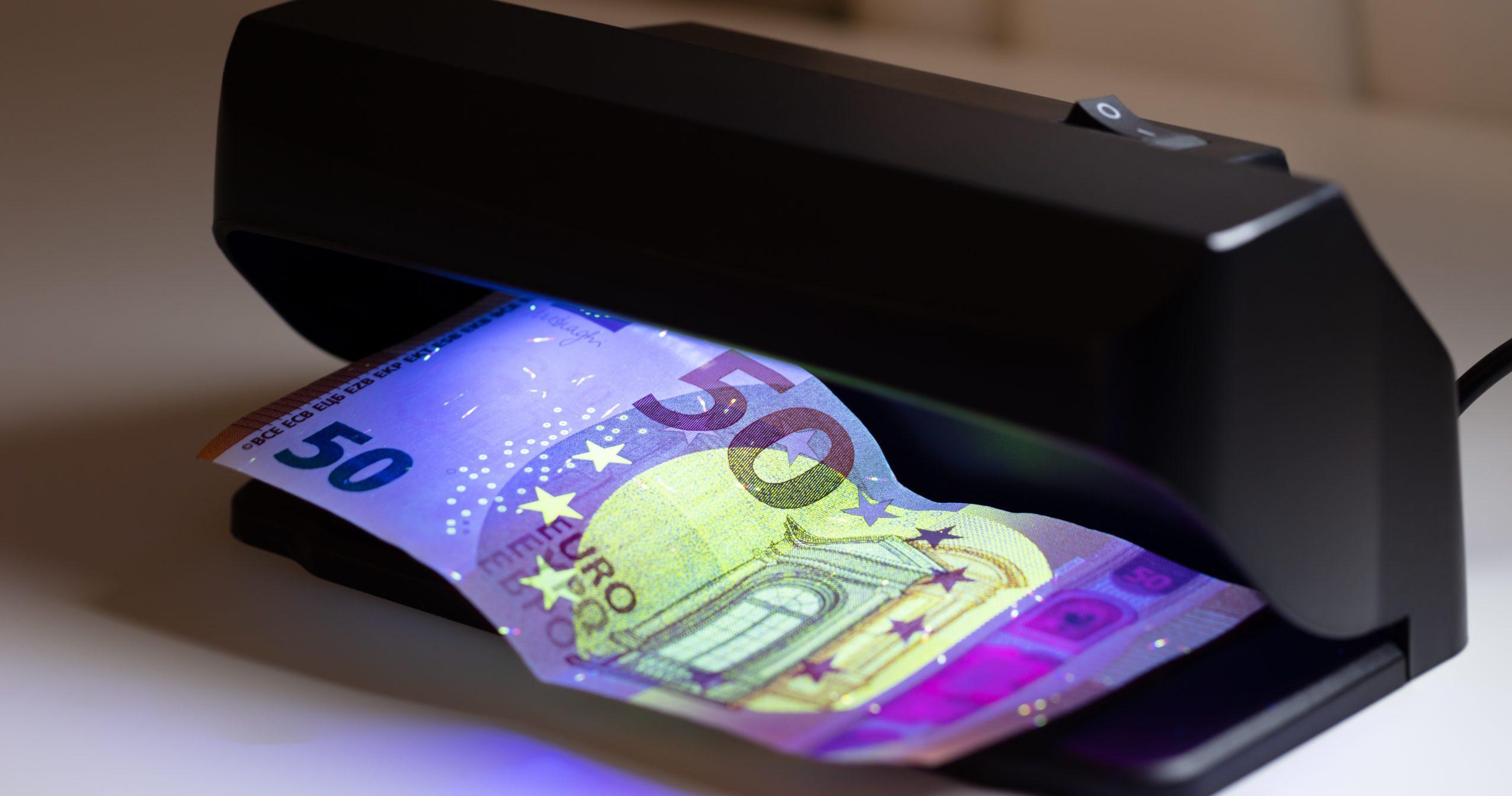 Vals geld detector: Wat zijn de beste vals geld detectors van 2021?