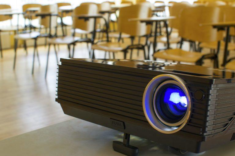 Proyector en aula